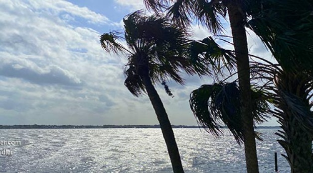 2 April 2021: Video of wonderful wind and waves on the lagoon