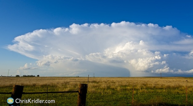 9 May 2015: Storms, rainbows and lightning in southwest Kansas and the Oklahoma Panhandle