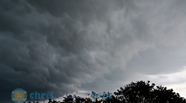 15 April 2014: Severe Florida storm and stunning shelf cloud