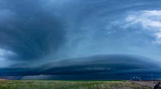 24 May 2021: Spectacular spinning supercells in Kansas